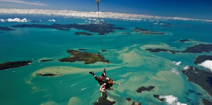 Queensland Airlie Beach Skydive